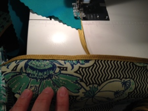 sewing zigzag stitch