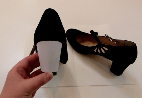 NSB - 1920s-style heels make a template