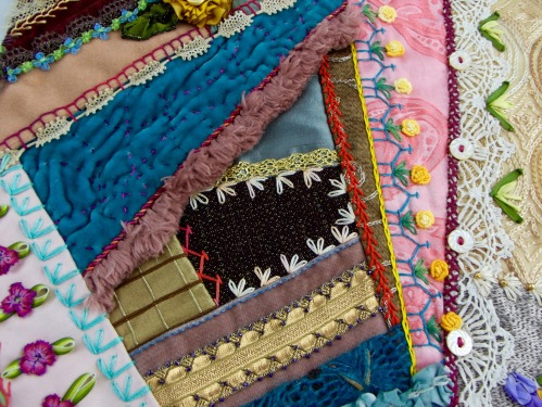 NSB - kitrina crazy quilt brown center