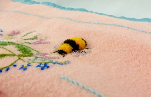 NSB - kitrina crewel bumble bee