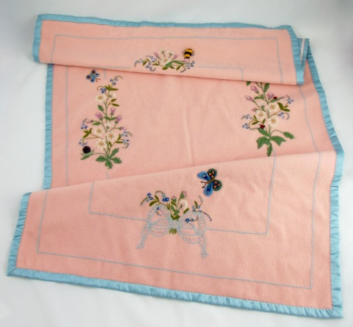 NSB - kitrina crewel pink blanket