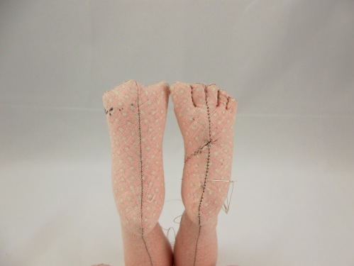 NSB - kl doll feet