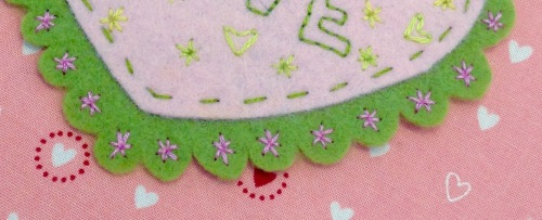 NSB – heartfelt doily embroider scallops