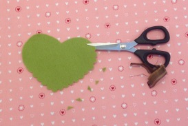 NSB – heartfelt doily freeform scallops