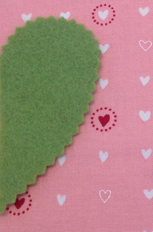 NSB – heartfelt doily pinked edges