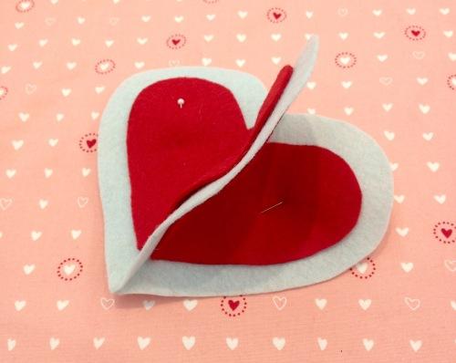 NSB – heartfelt ornament pin small hearts