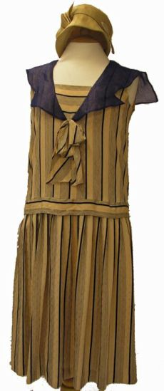 1920s day dress with sailor styling