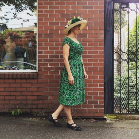 NSB - MMMay16 day 24 Izzie V8728 silk dress + straw hat
